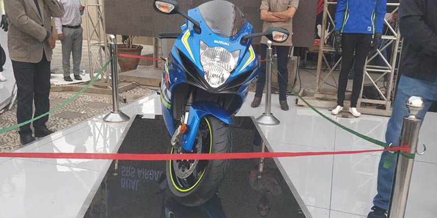 Suzuki's Gixxer 150CC Sports Bike is Coming to Pakistan