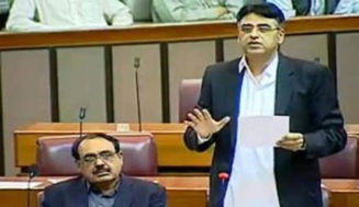 PM Imran Khan decides to remove Asad Umar as finance minister