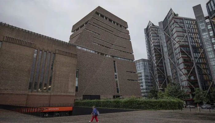 The six-year-old boy was thrown from a viewing platform at the gallery