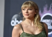 Taylor Swift gives thumbs up to social distancing to contain coronavirus